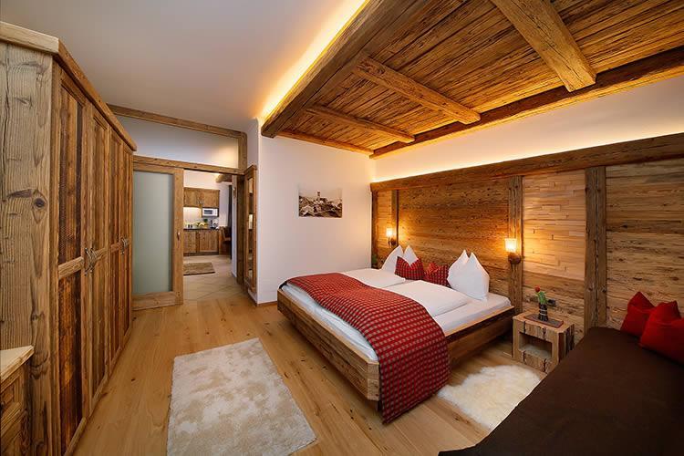 Stilvoll Eingerichtete Ferienwohnungen In Schenna Meran