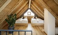 Chalet – Attic room with children's beds